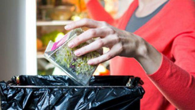 La mejor manera de no desperdiciar comida es ser más inteligentes al comprar y más creativos al cocinar, dice el chef.