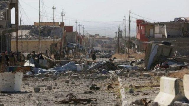 أشارت تقديرات كردية إلى أن نحو 600 مسلح من تنظيم الدولة الإسلامية كانوا في المدينة قبل بدء الهجوم
