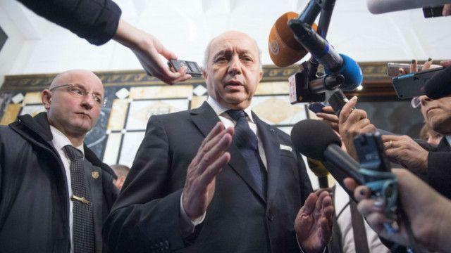 وزیر خارجه فرانسه گفت برای افزایش همکاریهای بینالمللی در نبرد علیه داعش تلاش میکند