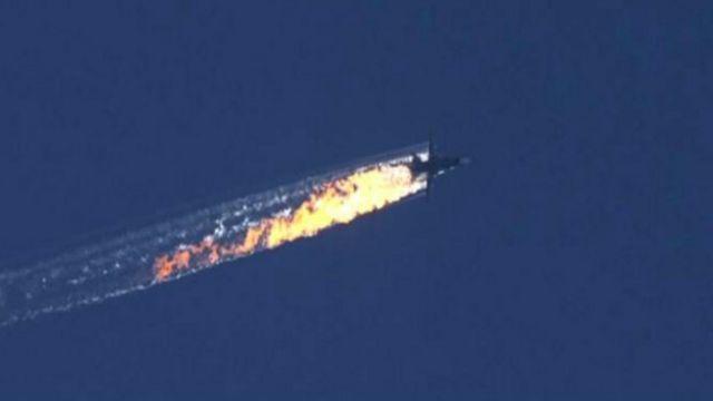 En lo único en que coinciden turcos y rusos es que el avión cayó en Siria.