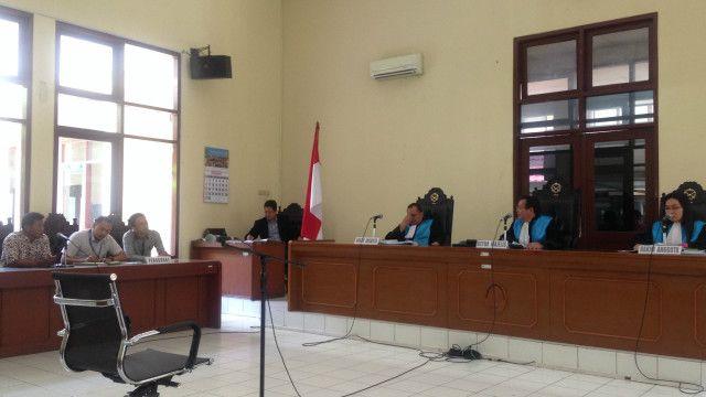 """Pemerintah menganggap putusan PTUN yang membatalkan reklamasi Pulau G """"belum memiliki ketetapan hukum tetap""""."""