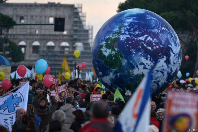 Y eso mismo reclamaron los manifestantes en Roma.