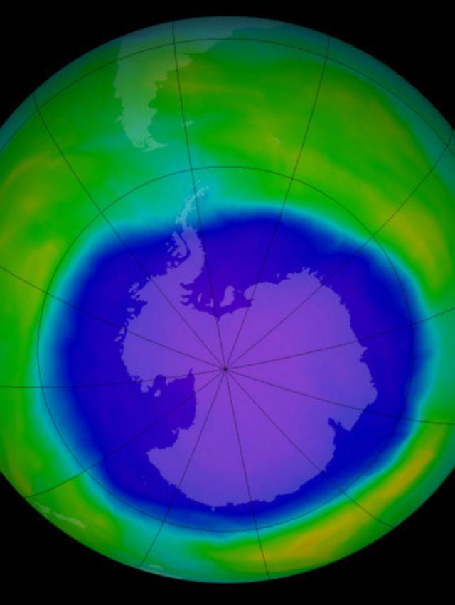 """В 1980-х годах ученые обнаружили """"дыру"""" в озоновом слое над Антарктикой"""