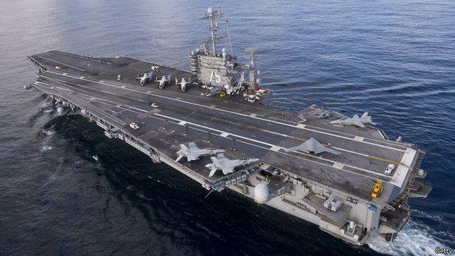 نیروی دریایی آمریکا می گوید ناو هواپیمابر ترومن هنگام حادثه از طریق تنگه هرمز وارد خلیج فارس می شد