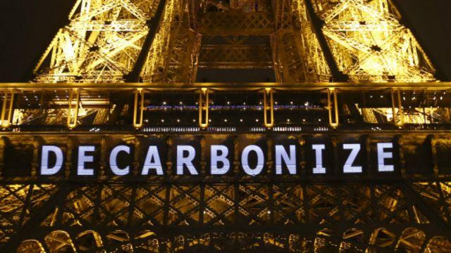 "Paris zirvəsi ""Dekarbonize"" şüarı altında keçib."