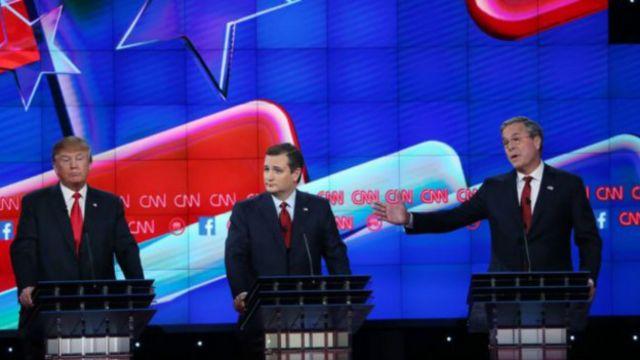 تد کروز - نفر وسط - گفت همیشه مدیون خانم پیلین خواهد بود