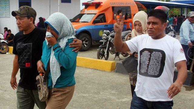 Keluarga korban 'tidak tenang' menunggu kabar tentang nasib anggota keluarganya.