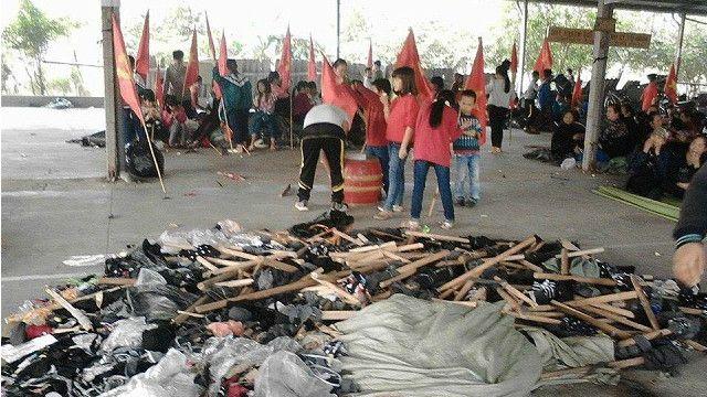 Người dân Ninh Hiệp cho con nghỉ học để phản đối chính quyền xây thêm trung tâm thương mại