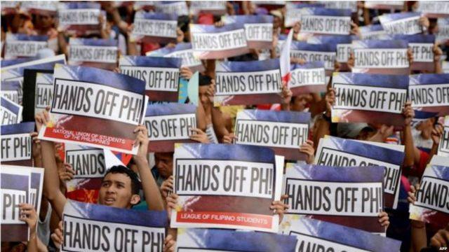 Pengunjuk rasa di Filipina