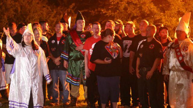 El resurgimiento del Ku Klux Klan en el año de su 150 aniversario - BBC  News Mundo