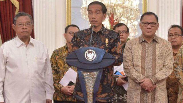 Sejak September 2015, pemerintah telah mengeluarkan sembilan paket kebijakan ekonomi.