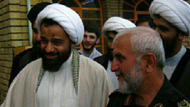 حسن کردمیهن در کنار سرتیپ حسین همدانی فرمانده سابق نیروهای ایرانی در سوریه