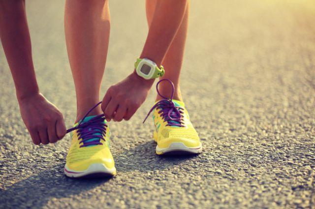Las zapatillas deportivas no pueden ser ni muy justas ni muy holgadas.