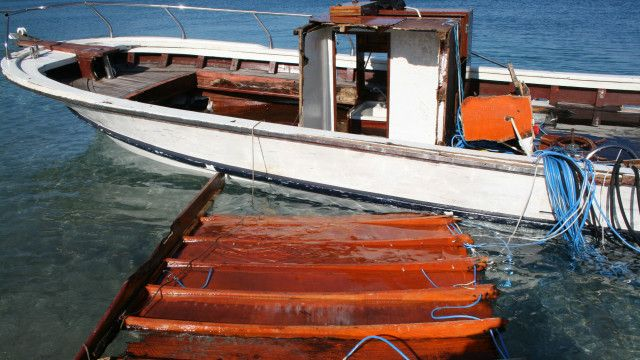 အခုလ အတွင်းမှာ လူ ၂ ရာလောက် လှေမှောက် သေဆုံးခဲ့။