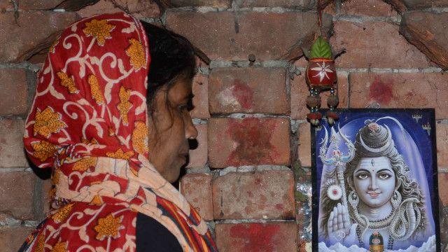 सामुहिक बलत्कारको मुद्दाको पीडित परिवारकी आफन्त