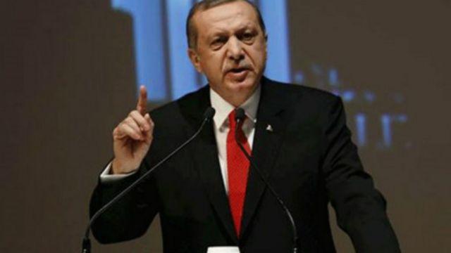 """Presiden Turki Recep Tayyip Erdogan memperingatkan bahwa Rusia akan """"menghadapi konsekuensi jika kembali melakukan pelanggaran""""."""