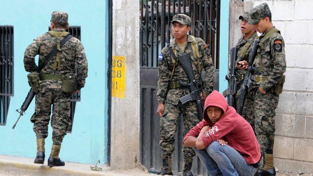 Soldados en Honduras