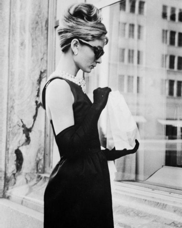 Audrey Hepburn ajudou a popularizar óculos da marca