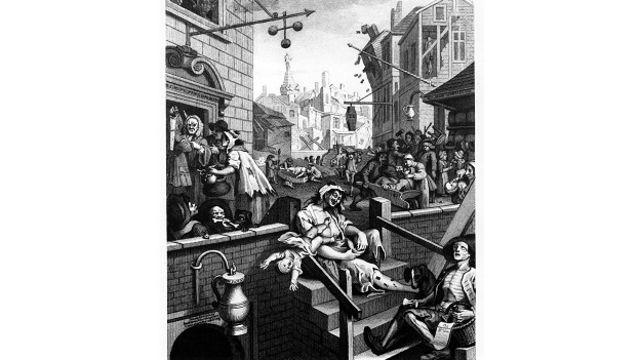 """Популярность дешевого голландского спиртного в Лондоне XVII-XVIII веков вдохновила Хогатра на создание одной из самых известных гравюр Британии – """"Переулок джина"""""""