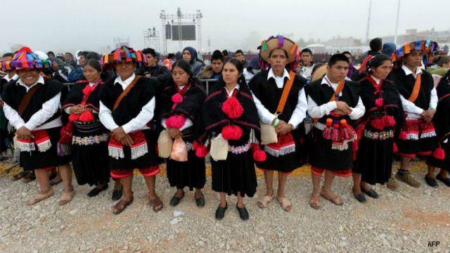 Indígenas chamulas en la misa que ofreció el papa Francisco en Chiapas