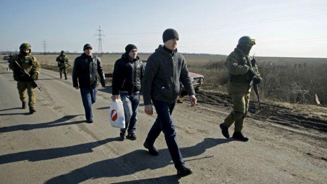 Обмін полоненими відбувся у селищі Олександрівка на Донеччині