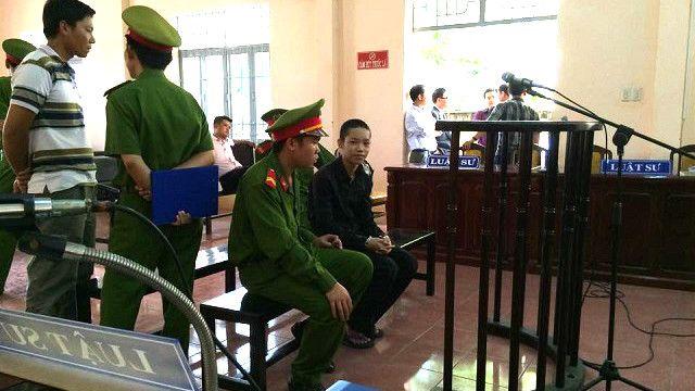 """Luật sư Nguyễn Văn Miếng cho biết Trung Tuấn nói lời sau cùng rằng """"Bị cáo không phạm tội và xin về đi học"""""""