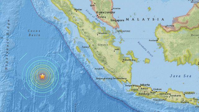 Gempa Berkekuatan 7 8 Skala Richter Guncang Sumatera Barat Bbc News Indonesia