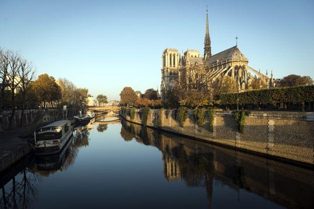 """5 德维尔福斯说:""""巴黎这艘旧船被奥斯曼的鱼雷击沉,葬身水底。""""这番话针对的可能是他对西提岛的改造计划(图片来源:Getty Images)"""
