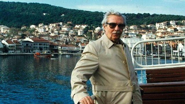 ثمین باغچهبان مدتی پس از انقلاب با خانواده به ترکیه کوچ کرد