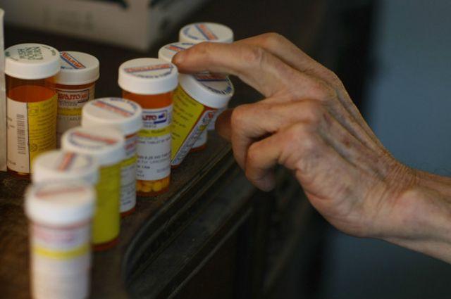 Una ley en Estados Unidos busca educar sobre analgésicos opiáceos y tratar a las personas que se vuelven adictas.