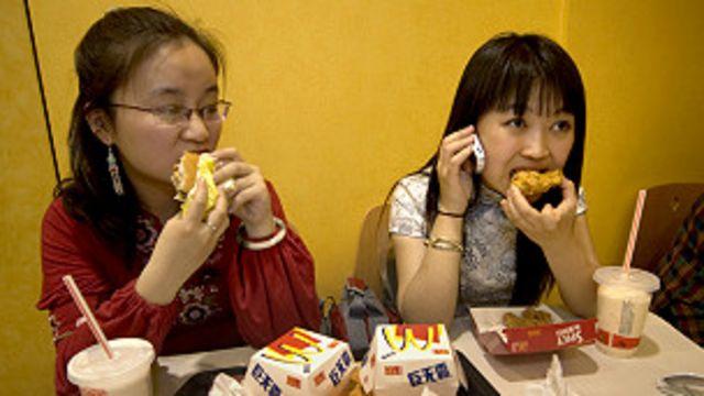 No es buena idea para los chinos cambiar su dieta por la Occidental.