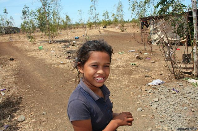 Los niños de El Timal tienen una escuela en condiciones.