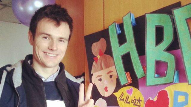 Após acidente de carro, jovem australiano esqueceu temporariamente o inglês e só se expressava em mandarim