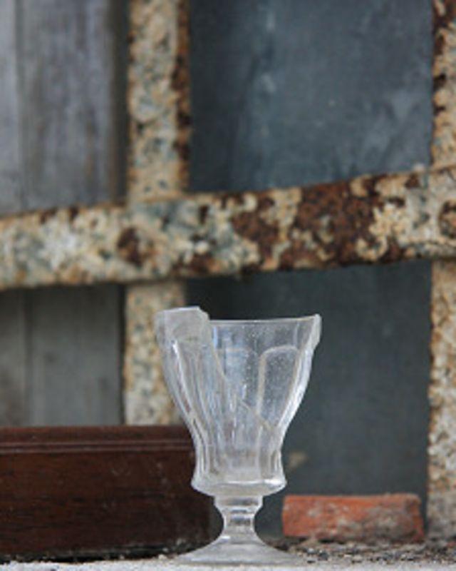 ¿Sabías que el vidrio se disuelve en el agua?