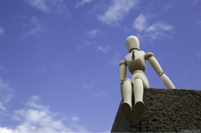 En tiempos de crisis económica muchos suicidios masculinos están relacionados con el desempleo.