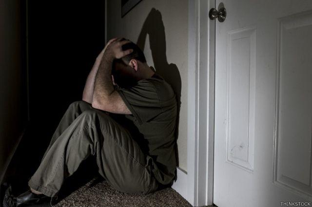 La depresión no diagnosticada aumenta el riesgo de suicidio entre los hombres, advierten los expertos.