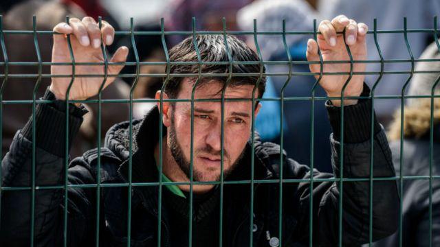Sığınmacılarla Dayanışma Derneği'nden Kavlak, vatandaşlık adımının Avrupa'ya gitme eğilimini bir nebze düşüreceği görüşünde.