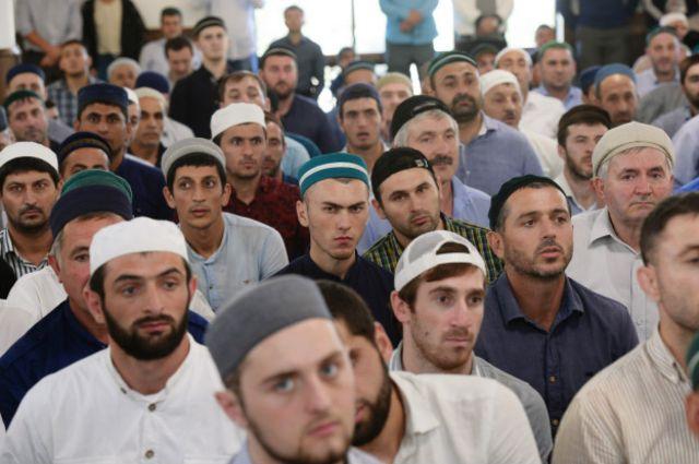 В нетрадиционном исламе много разных направлений, и связывать все эти направления с радикалами - неправильно, говорится в докладе