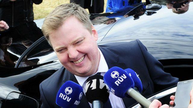 El primer ministro recibió una creciente presión también desde su coalición de gobierno.