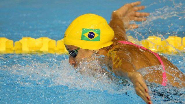 Ela coleciona cinco medalhas de bronze e três de prata em Pan-Americanos