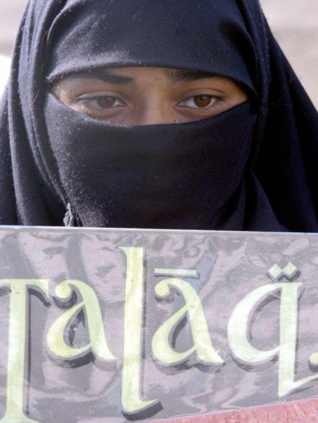 Militantes dizem que milharse de muheres ficaram sem ter para onde ir por causa do talap