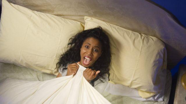 """Dedicar tu """"tiempo de preocupación"""" en la cama no es la mejor idea."""