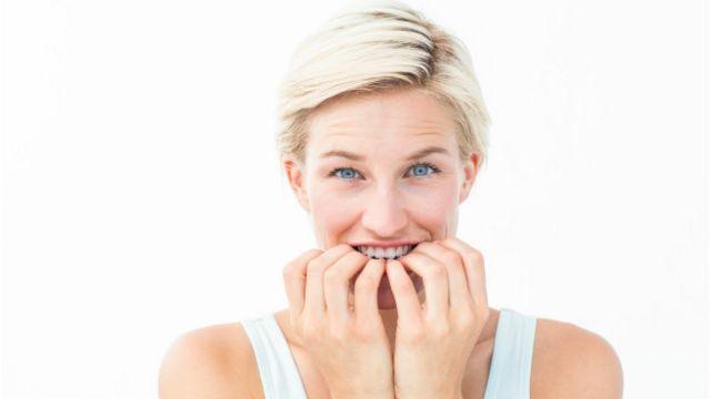 Las bacterias que se encuentran en las uñas pueden ser la causa de infecciones locales en la boca.