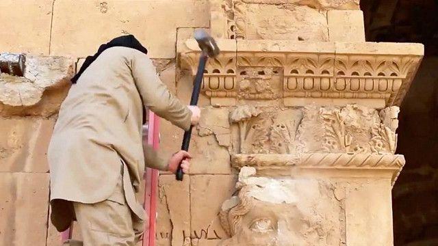 التنظيم انتهج منجها منظما في تدمير التراث الأثري والثقافي في سوريا والعراق