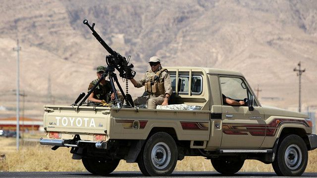 قوات البيشمركة الكردية في طريقها إلى سد الموصل