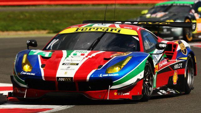 تخطط فيراري لدعم فريقها لسباق السيارات للفوز بفورميولا وان في إطار استراتيجية التسويق
