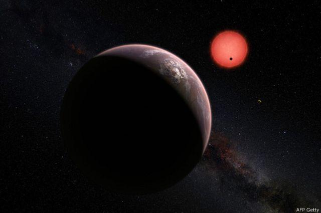 Para saber si hay algún agente biológico en los planetas, los expertos antes deben conocer más datos de su composición química.