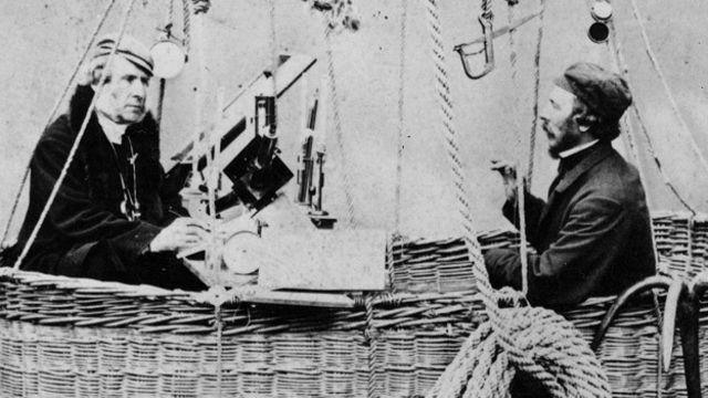 Британские аэронавты Коксвелл и Глейшер