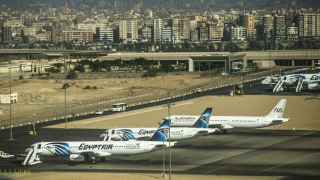 Рейс MS804 пропал с радаров за полчаса до запланированного приземления в международном аэропорту Каира