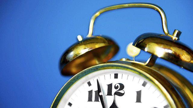 Снижение с возрастом выработки мелатонина может влиять на сон